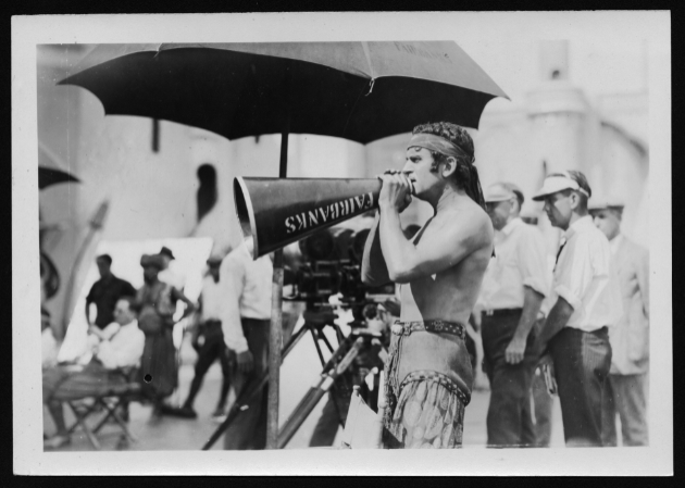 Fairbanks, instructing extras on the set of 1924's THE THIEF OF BAGDAD.